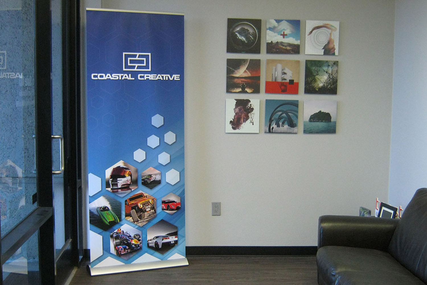Trade Banner Stands : Buyer s guide to banner stands coastal creative