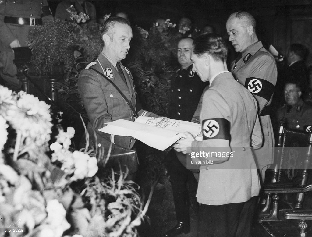nazis first oversized check